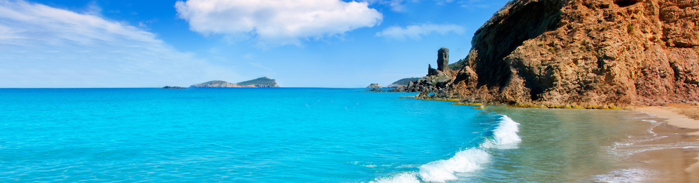 ibiza exclusive charter :: yachts ibiza :: ibiza luxury holiday :: ibiza beaches :: yacht rental ibiza
